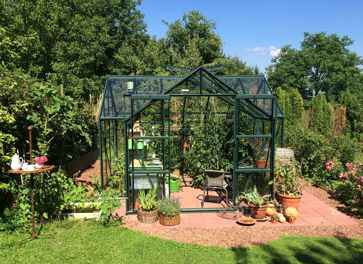 Kasvuhoone, aiamaja