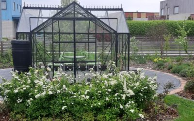 Rohelusse uppuv aiapaviljon on elustiili osa
